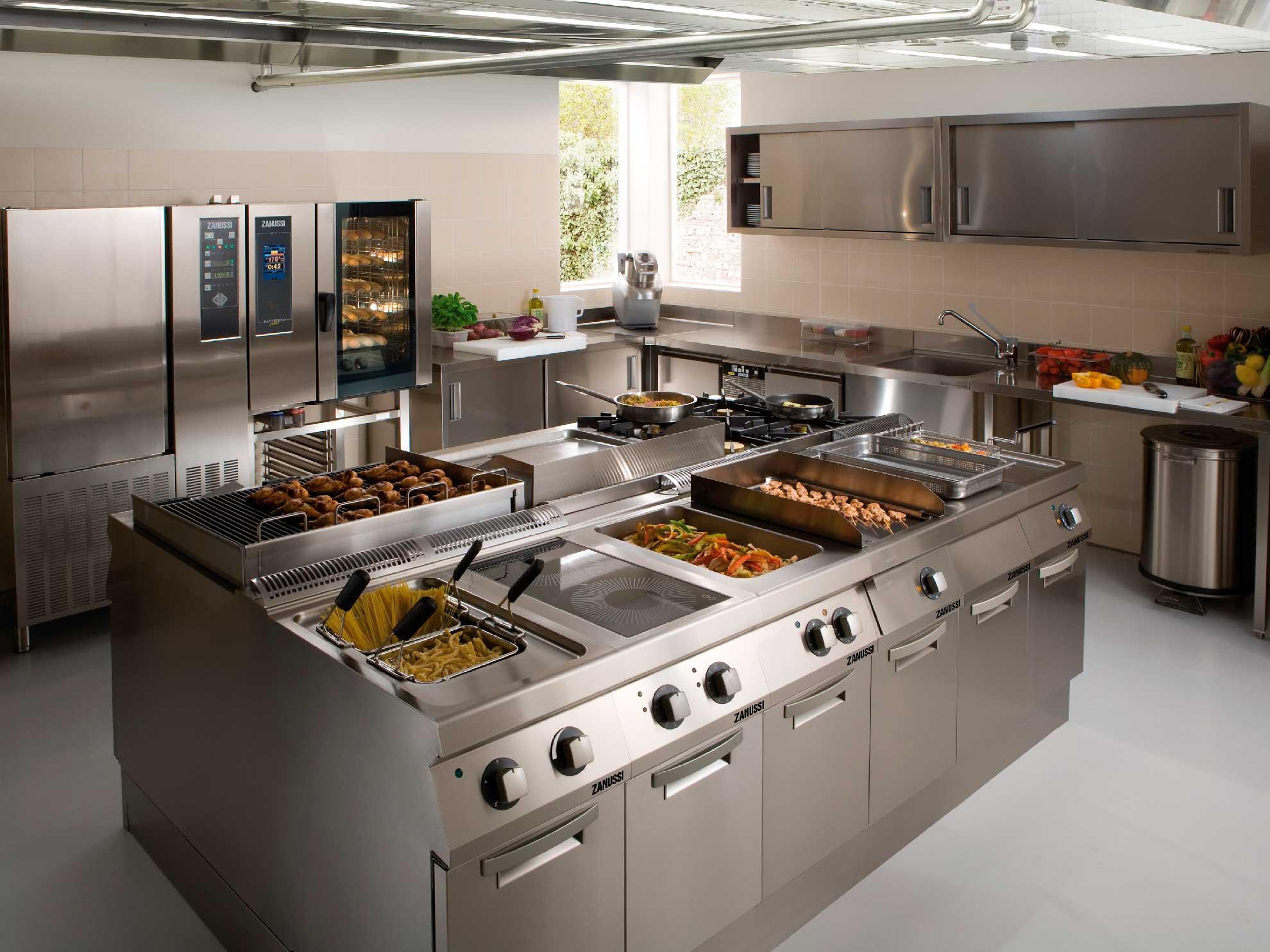 Equipamiento para cocinas industriales refrinox for Todo para cocinas industriales